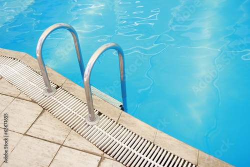 steps in a water pool