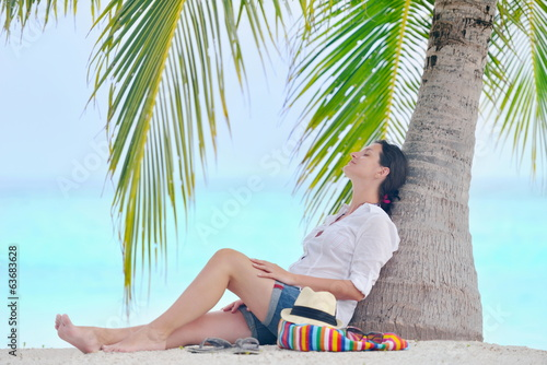 happy woman enjoy summer vacation