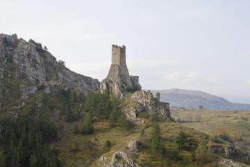Pescina - Torre medievale