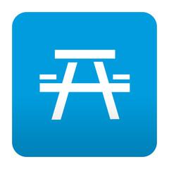 Etiqueta tipo app azul simbolo merendero