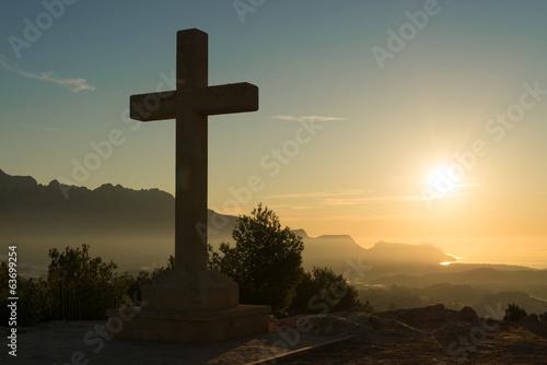 Fotobehang Begraafplaats Stone cross