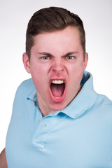 schreiender student
