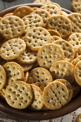 Whole Grain Wheat Round Crackers