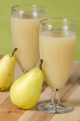 pear juice in glass
