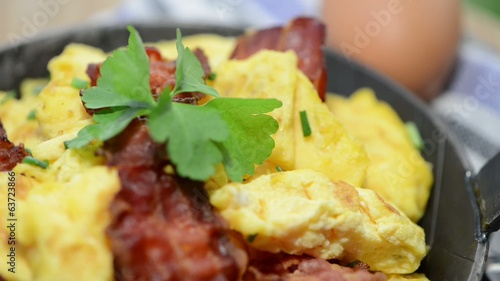 Fresh made Scrambled Eggs (not loopable)