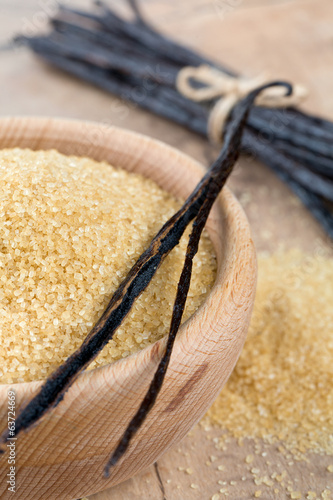 vanilla pods and brown cane sugar