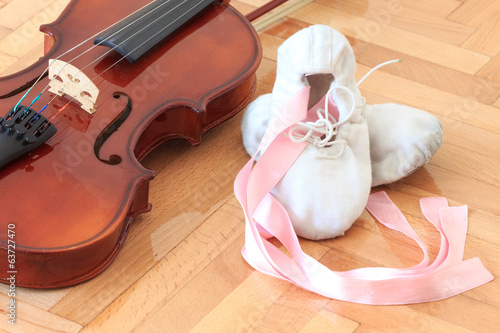 Ballet slippers and violin