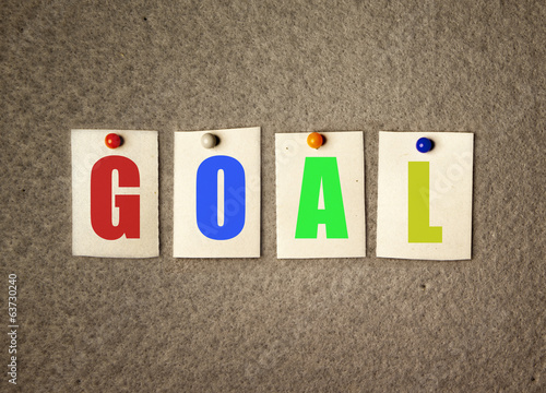 goal note on pin board