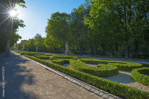 canvas print picture Avenue with statues in the Retiro Park in Madrid