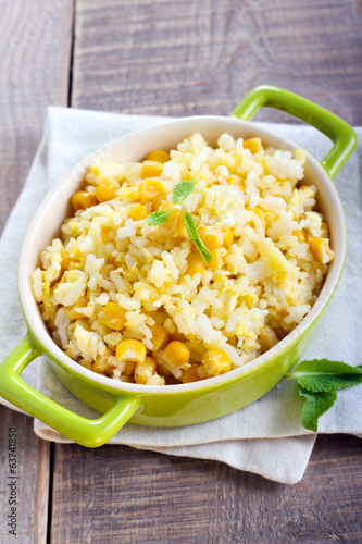 Egg rice with corn