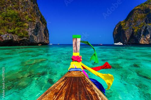 Poster Traditional longtail boat in Maya bay on Koh Phi Phi Leh Island,