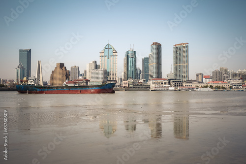 huangpu river beach scenery