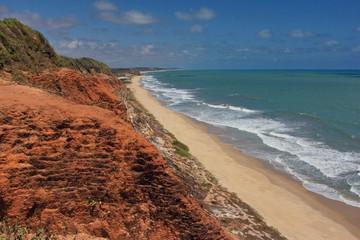 Brasile,Falesia e spiaggia, costa nordest