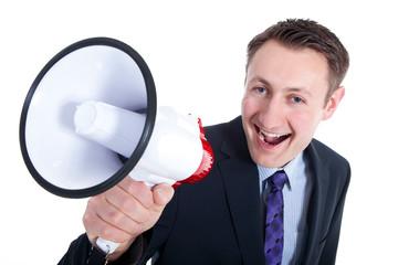 Geschäftsmann mit Megafon verkündet Neuigkeiten