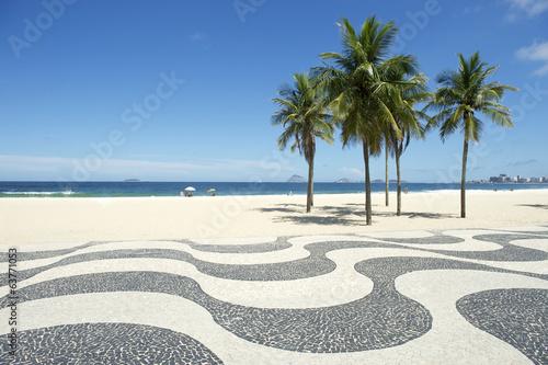 Fotobehang Zuid-Amerika land Copacabana Beach Boardwalk Rio de Janeiro Brazil