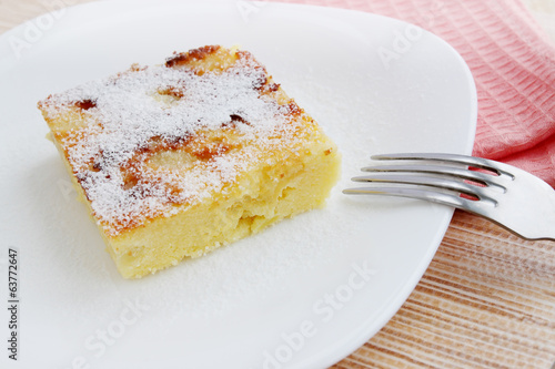 Casserole with powdered sugar