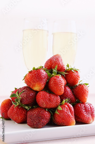 strawberries and champagne glasses