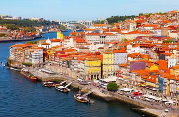 Portugal, Porto, view of city early in the morning