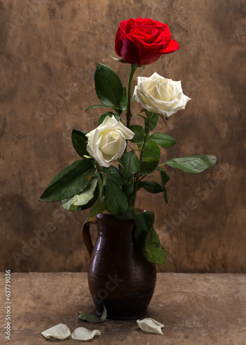 canvas print picture Roses in a vase