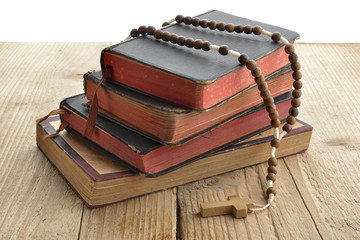 vecchi libri e rosario