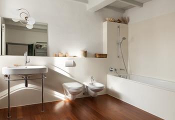 Nice loft, bathroom