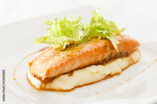 salmon steak with mashed potatoes