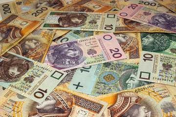 Stos polskich banknotów