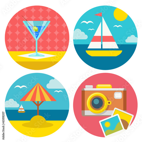 set of summer vacation icons in flat design