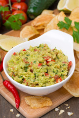 snack - Mexican sauce guacamole and chips