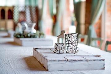 Tavolo degli sposi con centrotavola