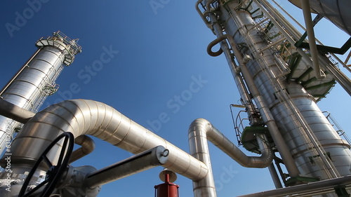 HD Video of Refining tower with blue sky in chemical plant , Pan