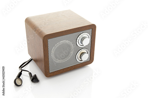 Retro style mini radio player