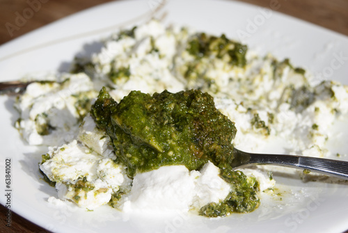 stuffing of ricotta and pesto