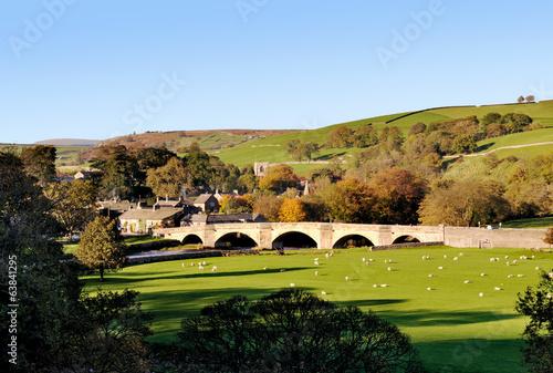 burnsall, village, yorkshire dales - 63841295