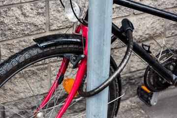 abgesperrtes Fahrrad