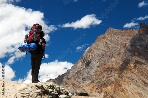 Silhouette of tourist on mountain - Indian Himalayas - India