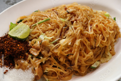 Stir fried rice noodle on plate