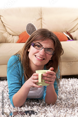 girl relaxing coffee