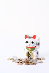 小銭と招き猫