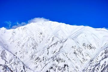 雪の唐松岳