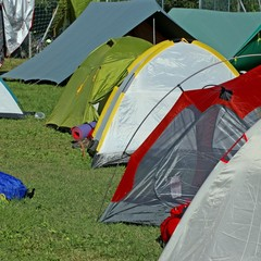 igloo tents and many tent