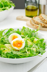Salad with rocket salad, potatoes and eggs