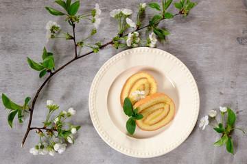 lemon biscuit roll