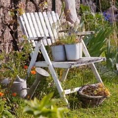 La chaise au jardin 03