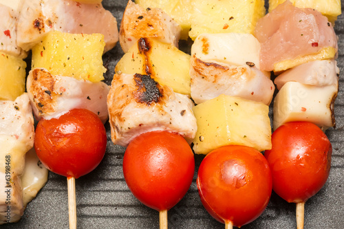 Exotic Skewers With Chicken, Tomatoes, Pineapple And Mozzarella