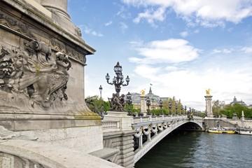 pont Alexandre III, de la rive gauche au Grand Palais (Paris)