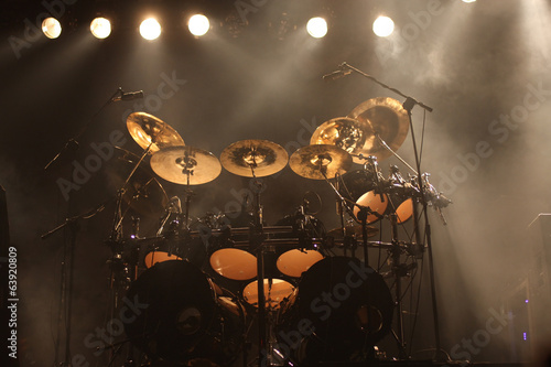 Leinwanddruck Bild Set of drums on stage
