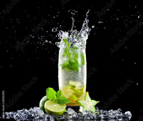 Ice mojito drink with splash