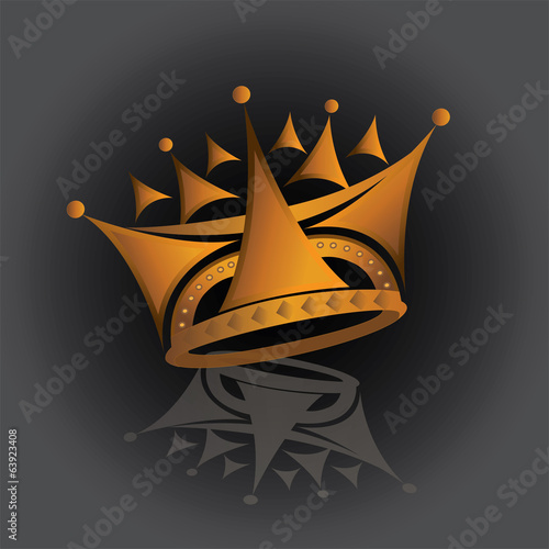 A golden shining crown