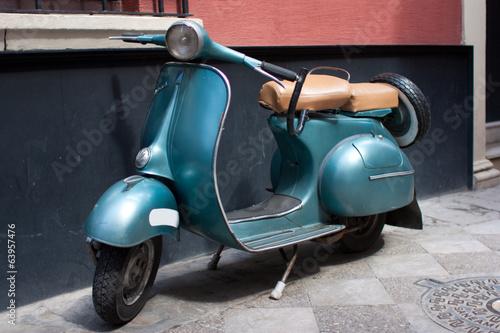 Motocicleta antigua - 63957476